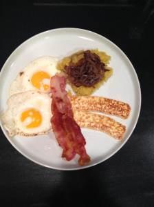 manu breakfast plate