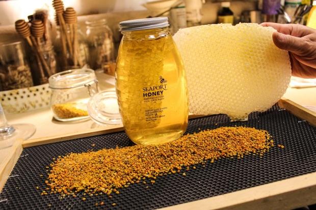 seaport-honey-and-pollen